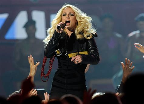 britney spears  toxic singer quitting las vegas