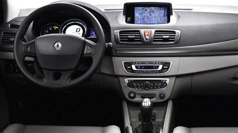 interior del renault megane iii modelo  lista de carros