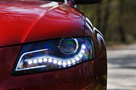 halogen headlights vs xenon