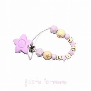 attache tetine fleur perles en bois et silicones etoiles With affiche chambre bébé avec moule silicone fleur