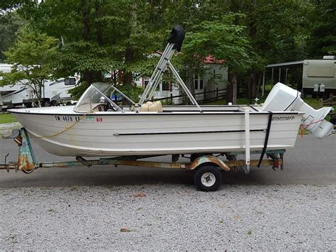 Used 16 Foot Boat Trailers For Sale by 1968 Starcraft 16 Foot Aluminum V Hull W 85 Johnson