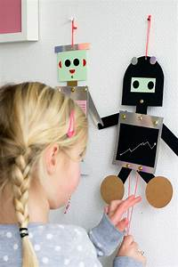 DIY robot puppets - such a darling project and they look ...