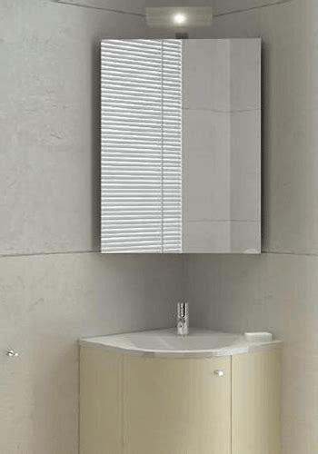 tiny bathroom  tips  remodeling bathroom ideas