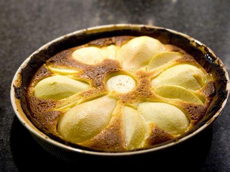 recette dessert avec poires g 226 teau au yaourt poires amandes recette de g 226 teau au yaourt poires amandes marmiton