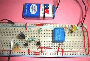 Simple Transistor Latch Circuit