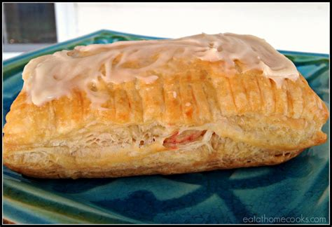 Toaster Strudel In The Oven - toaster strudels and easy eat at home