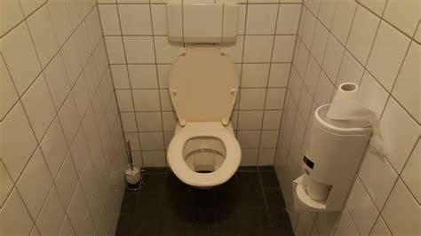 was tun bei verstopfter toilette was tun bei pinkelproblemen 39 s health toilette