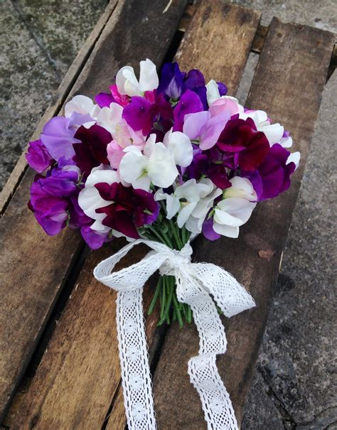 country wedding bouquets july seasonal wedding flowers sweet peas the shed