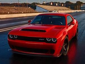 Dodge Challenger Srt Demon 2018 : 2018 dodge challenger srt demon finally revealed drive arabia ~ Medecine-chirurgie-esthetiques.com Avis de Voitures
