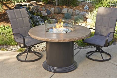 Outdoor Greatroom Colonial Dining Height Fire Pit Table