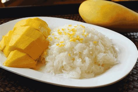 Sweet Mango Sticky Rice