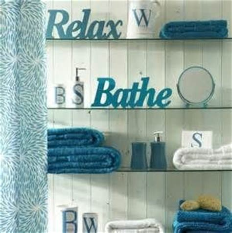 Gray And Teal Bathroom Accessories by Best 25 Teal Bathroom Decor Ideas On Grey
