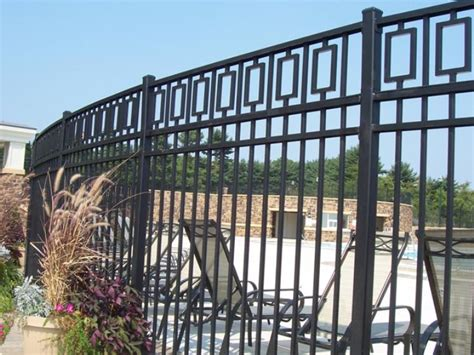 tips  repaint home iron fence  ideas