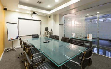 comfortable conference room   people  projector