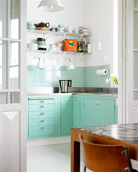 Teal Kitchen White Cabinets by Pops Of Turquoise B A S