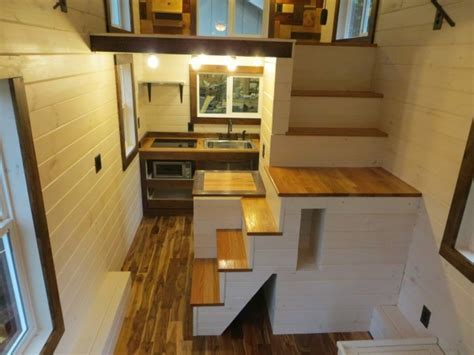 Robins Nest Tiny House: Full Tour & Photos
