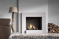 modern fireplace design Top 15 Trendy And Modern Fireplace Designs ...