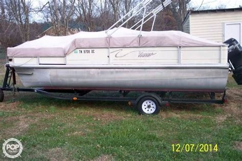 Used Voyager Pontoon Boats For Sale by 2001 Used Voyager 21 Pontoon Boat For Sale 14 000