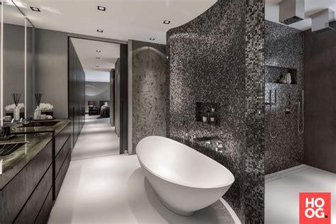 luxe badkamer met bad een luxe badkamer in huis verbouw je badkamer met deze