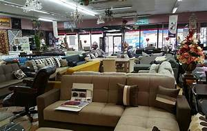 American design furniture and carpet 50 off floor samples for Rug furniture and mattress store