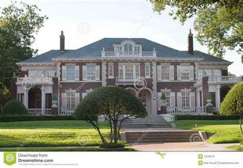 large urban colonial style house royalty  stock  image