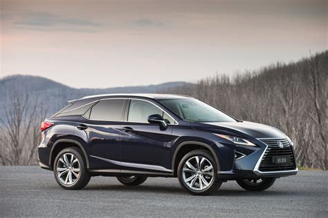 Lexus Rx Photo by 2016 Lexus Rx Pricing And Specifications Photos 1 Of 22