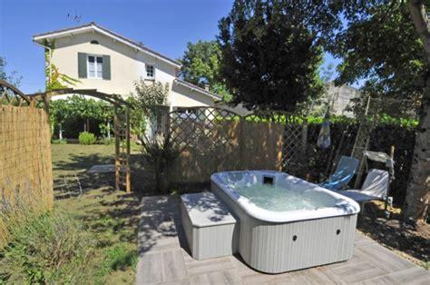 idee cuisine petit espace aménager un coin détente dans jardin