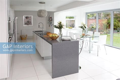 Gap Interiors  Modern Kitchendiner  Image No 0060790