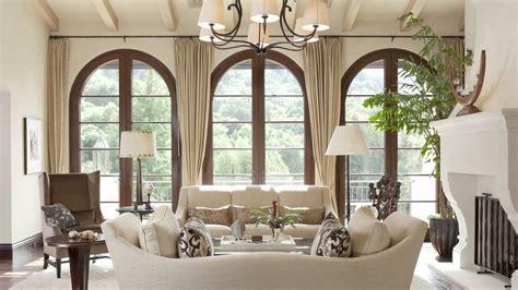 Mediterranean Style : This Santa Barbara Mediterranean Style Home Exudes A Sense