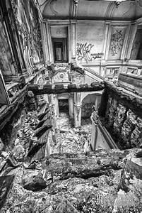 Planisphère Noir Et Blanc : hdr noir et blanc du palier et des escaliers effondr s du ch teau de bonnelles boreally ~ Melissatoandfro.com Idées de Décoration