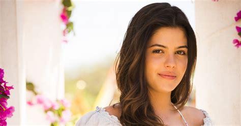 Julia Dalavia estreou na Globo na novela 'Em Família', de ...
