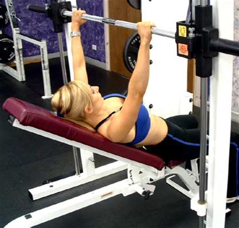 incline bench press 15 benefits of the incline decline bench incline vs