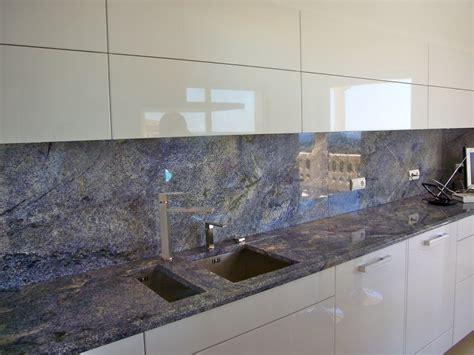 plan de travail cuisine en granit prix plan de cuisine granit armoires en polyester couleur