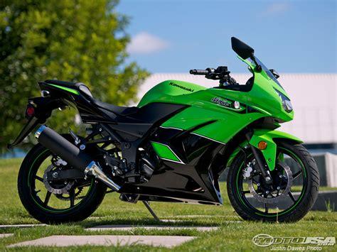 2011 Kawasaki Ninja 250r Comparison Photos