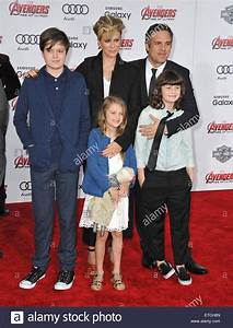 LOS ANGELES, CA - APRIL 13, 2015: Mark Ruffalo & wife ...