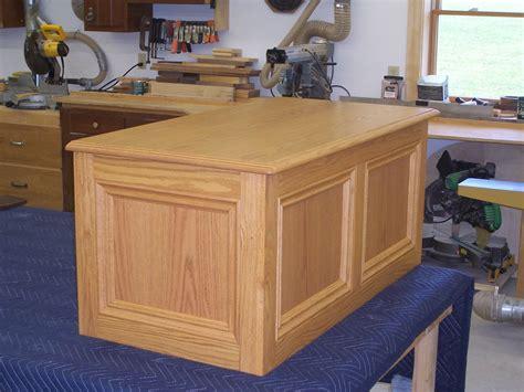 hand  oak toy box  jeffrey william construction