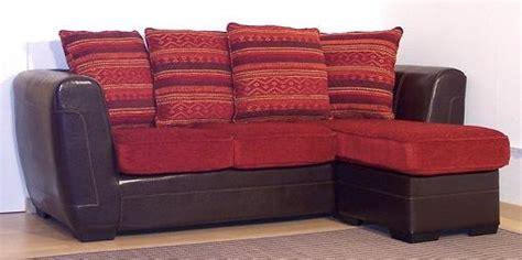 retapisser un canapé chaises en plexiglas translucide