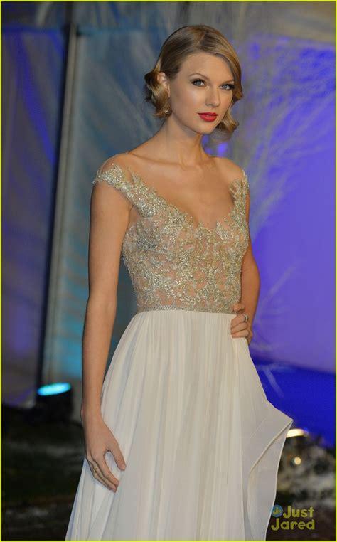Taylor Swift: Winter Whites Gala 2013 | Photo 621943 ...