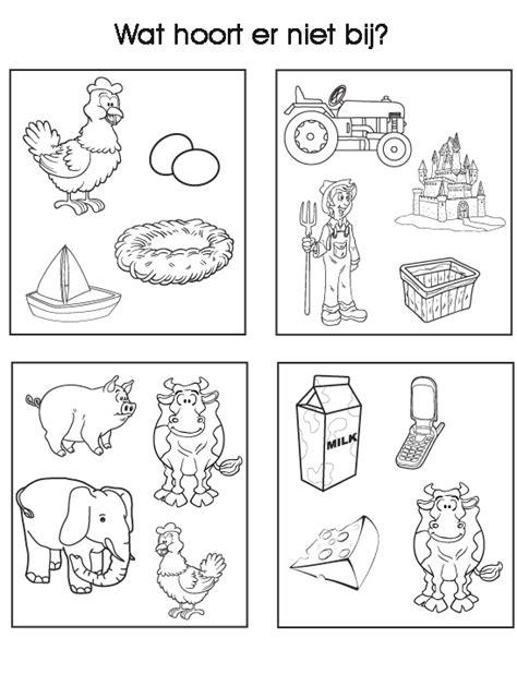 Kleurplaat Kledingstukken by Werkblad Sorteren Boerderij Thema Lente Groep 2