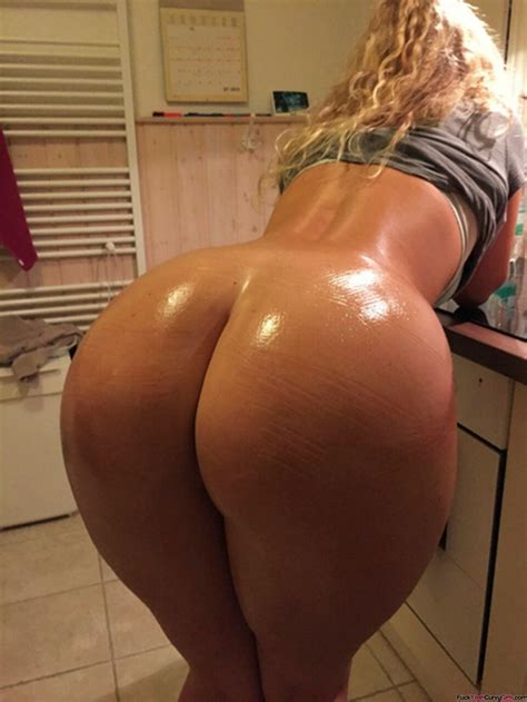 Oiled Big Booty Fuck Yeah Curvy Girls
