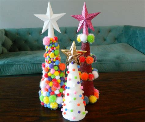 pom pom christmas tree easy christmas diy craft