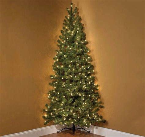 correct way to string lights on christmas tree best way to put fairy lights on christmas tree