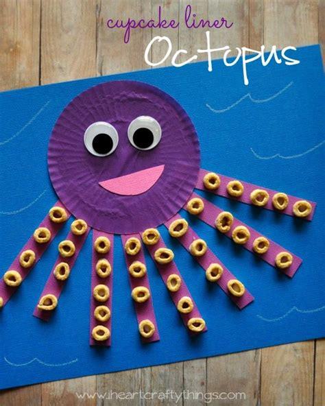 15 seashore inspired kid crafts 132 | Cupcake Liner Octopus Pin