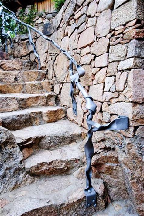 corrimano in ferro battuto lavorazioni in ferro battuto oggettistica sculture e