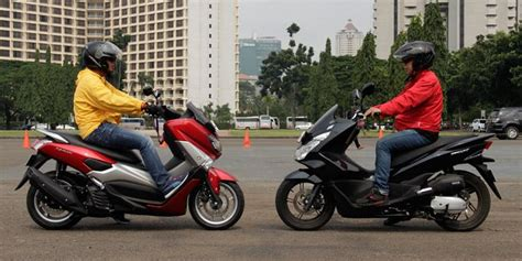 Pcx 2018 Kaskus by Adu Kenyamanan Yamaha Nmax Dan Honda Pcx
