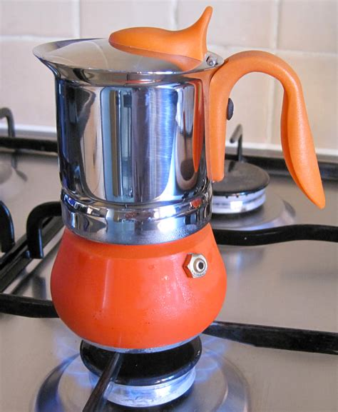 Bialetti is a household not so with this coffee pot, because the handle is extended outwards and away from the heat of the stove. GAT Winner Collection Stove Top Espresso Coffee Pot - Review - A Glug of Oil