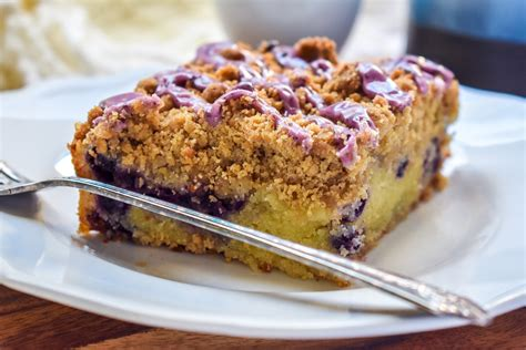 This blueberry muffin cake is an all time favorite! Blueberry Crumb Coffee Cake | Nails and Fails of a Crude Mom