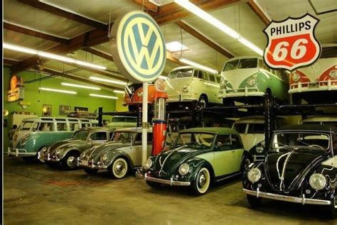 A Volkswagen Garage by Vw And Beetle Garage School Vw S Vw Cars
