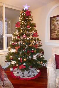 30, Amazing, Traditional, Christmas, Decorations, Ideas