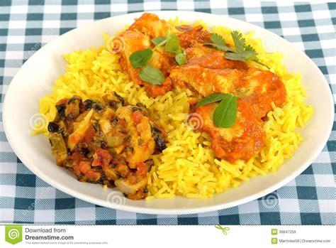 cuisine avec du riz cari de madras de poulet d 39 un plat avec du riz image stock